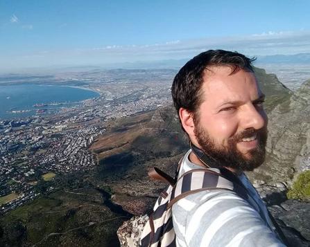 Rodrigo Schmiegelow – Schmi em O Mundo em Lanches