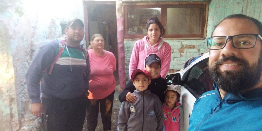 Família que me acolheu quando a estrada desabou antiga Rota 40