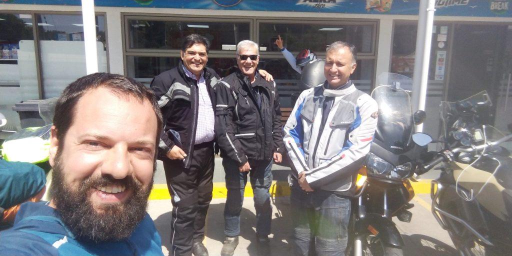 Experiências de viagens: Motociclistas Chilenos que me pagaram um café da manhã