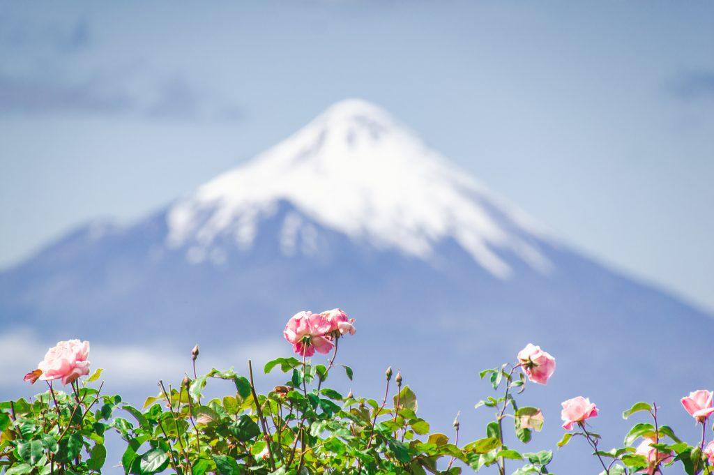 Vulcão Osorno, Chile. Viajar sozinho de moto, vantagens e desvantagens