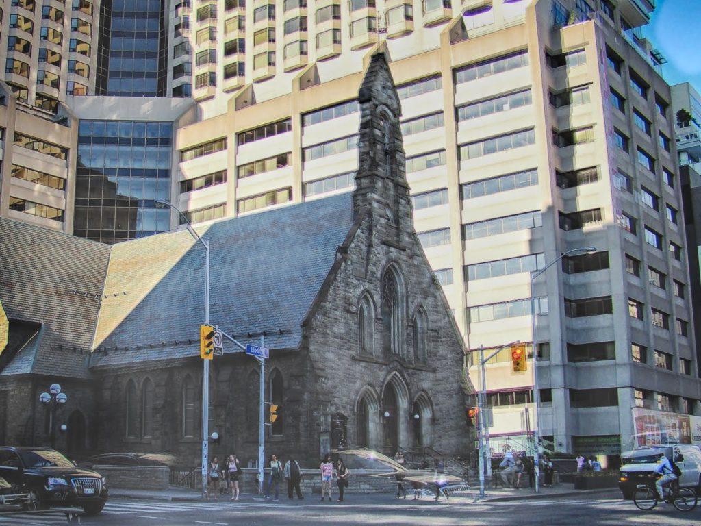 igreja em toronto