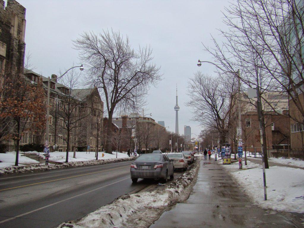 ruas de toronto canada