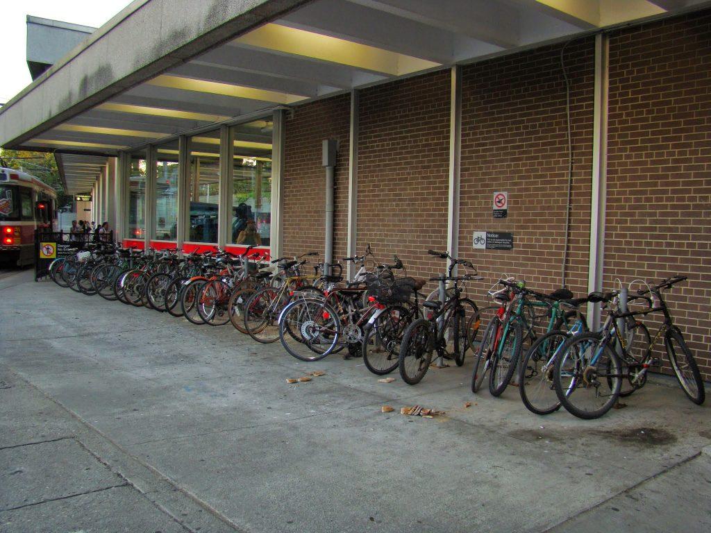 uso frequente de bicicleta no Canadá