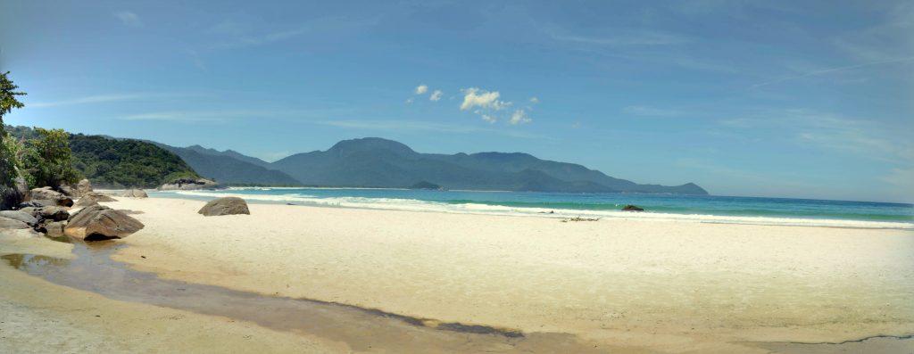praia do aventureiro panoramica